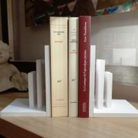 Serre-livres EQUILIBRE / trie-courrier, en compact blanc croco